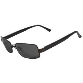 Très protectrices contre le soleil, ces lunettes sont conformes à la  directive 89 686 CEE et aux normes européennes, grâce, notamment, à une  protection ... bc82588d05ba